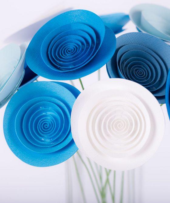 """Fiori di carta – Mazzo """"Cielo azzurro"""""""